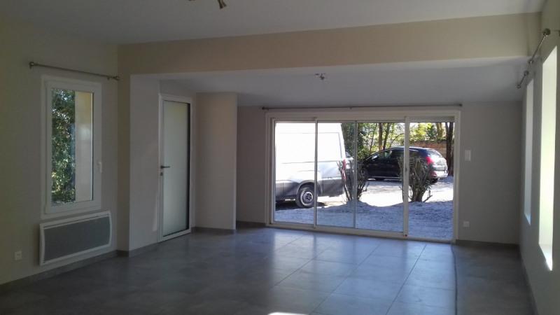 Location maison / villa Ste eulalie 750€ CC - Photo 5