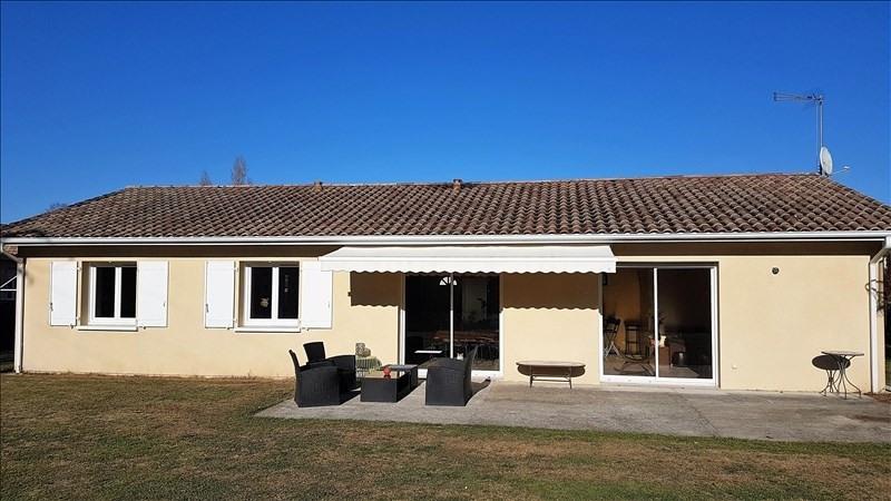 Sale house / villa St seurin sur l isle 195000€ - Picture 1