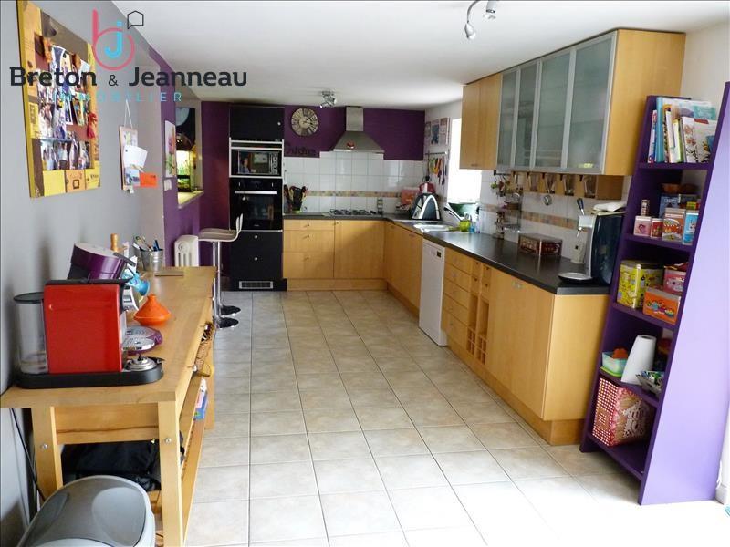 Sale house / villa Renaze 145600€ - Picture 7