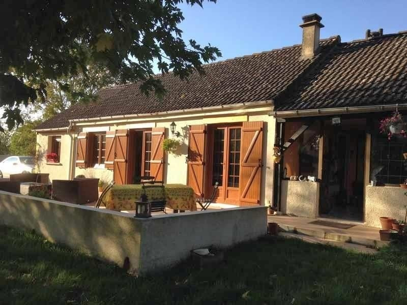 Sale house / villa Etrepagny 172 000€ - Picture 1