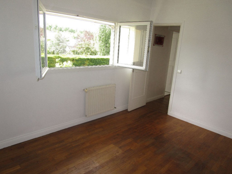 Sale house / villa Marly le roi 895000€ - Picture 9