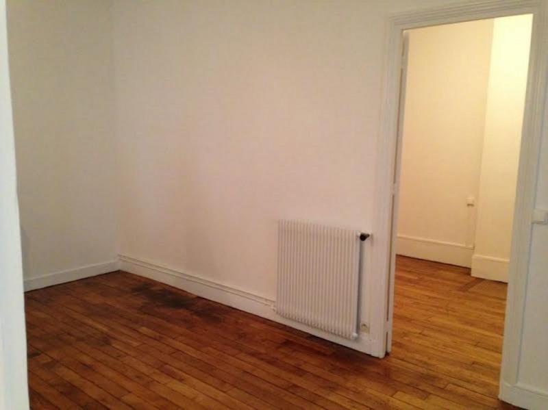Rental apartment Levallois perret 1073€ CC - Picture 5