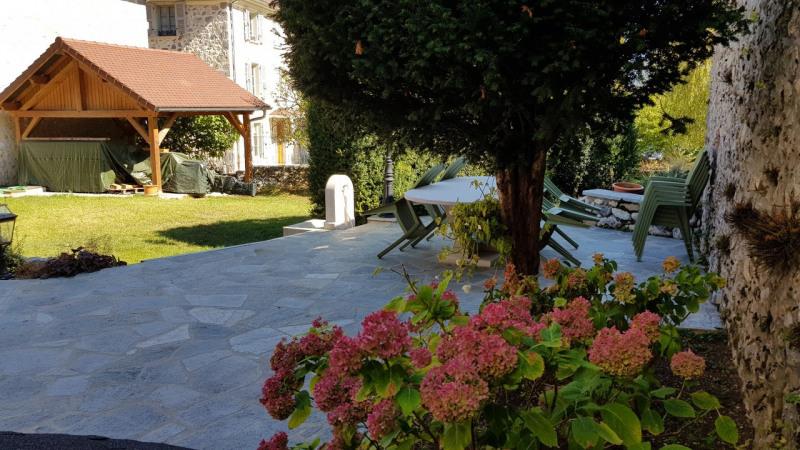 Revenda residencial de prestígio casa Barraux 639000€ - Fotografia 11