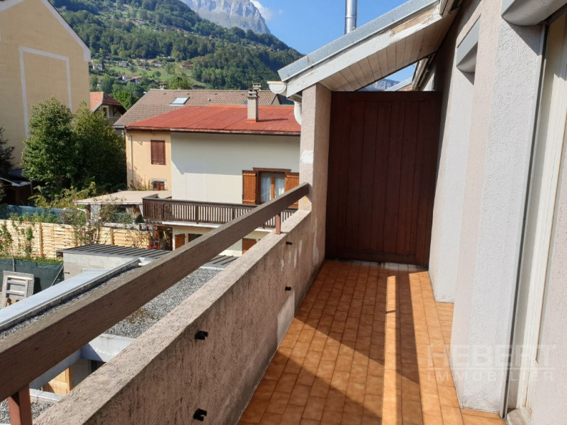 Rental apartment Sallanches 810€ CC - Picture 3