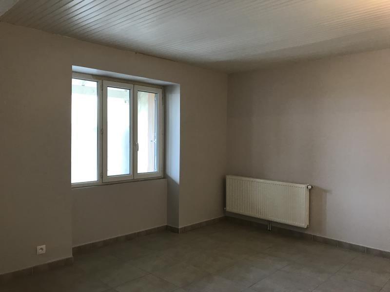 Affitto casa Ourches 945€ CC - Fotografia 3
