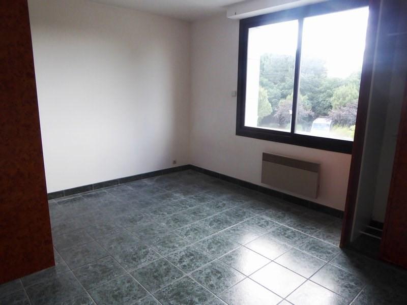 Rental apartment Vieille eglise en yvelines 600€ CC - Picture 1