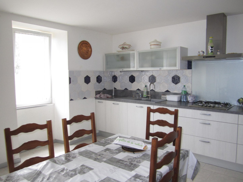 Sale house / villa Baignes ste radegonde 105000€ - Picture 1