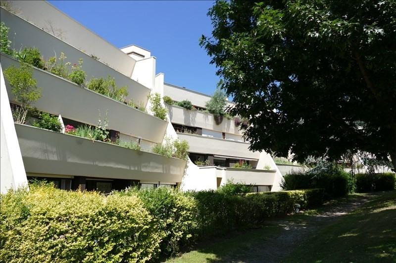 Sale apartment Verrieres le buisson 400000€ - Picture 1