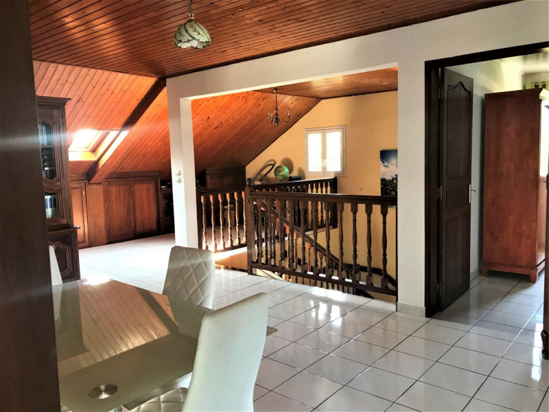 Sale house / villa Petite ile 378000€ - Picture 11