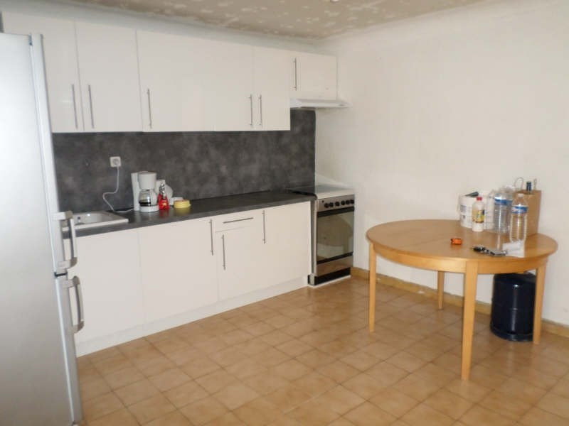 Location appartement Salon de provence 460€ CC - Photo 2