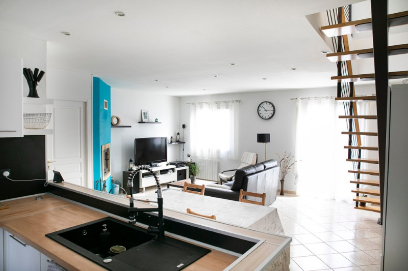 Vente maison / villa Uchaud 285000€ - Photo 7