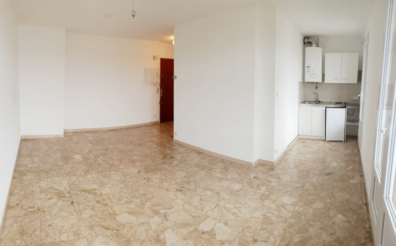 Location appartement Marseille 10ème 455€ CC - Photo 1