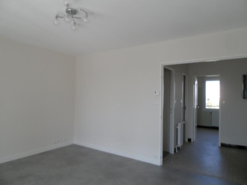 Location appartement Troyes 659€ CC - Photo 7