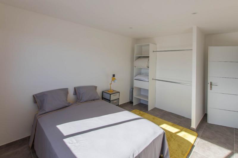 Deluxe sale house / villa Saint gilles les bains 605000€ - Picture 6
