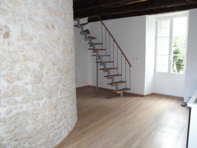 Location appartement Pons 390€ CC - Photo 1