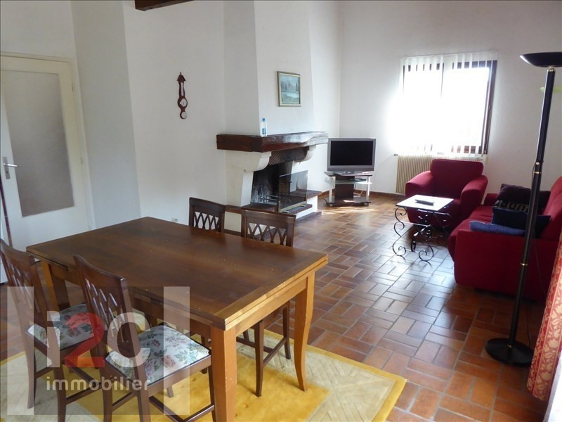 Rental house / villa Segny 2 500€ CC - Picture 2