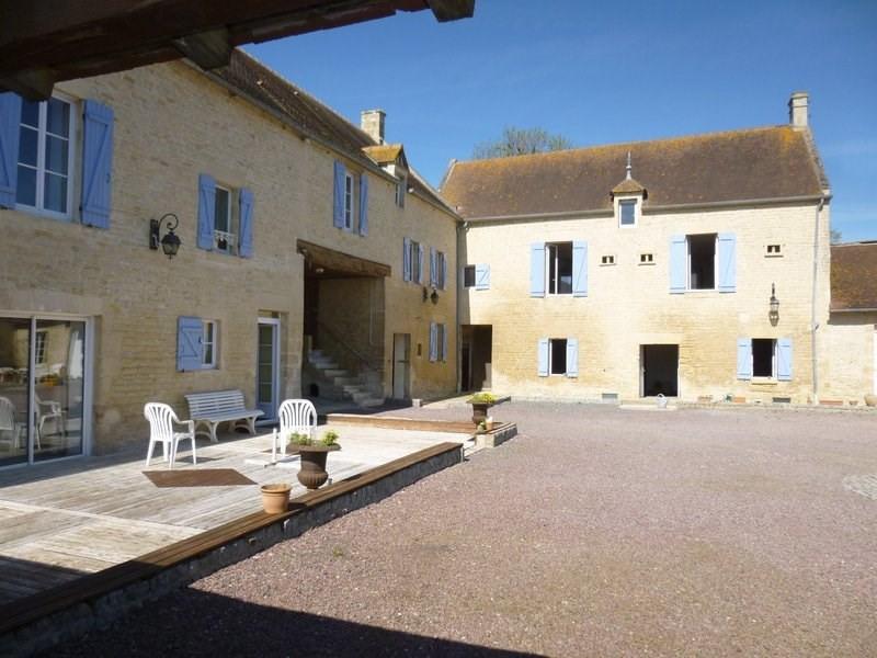 Sale house / villa Douvres la delivrande 525000€ - Picture 1