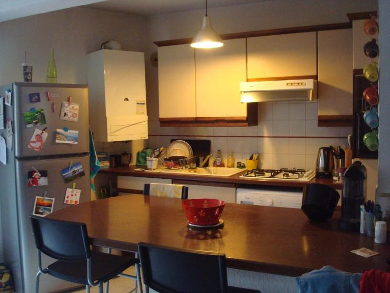 Location appartement Aix en provence 915€ CC - Photo 2