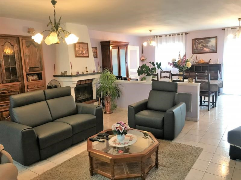 Vente maison / villa Le fief sauvin 164300€ - Photo 2