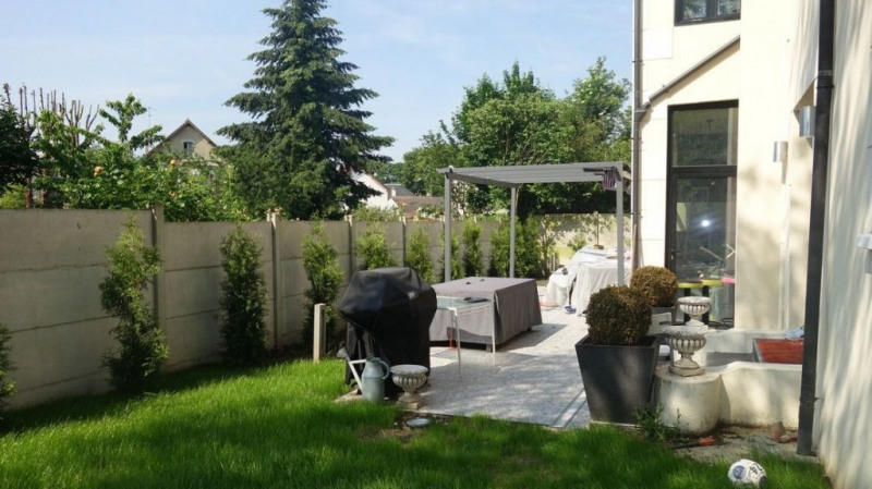 Sale house / villa Le raincy 770 000€ - Picture 3