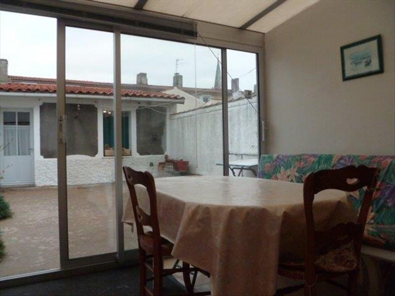 Vente maison / villa Le chateau d oleron 210000€ - Photo 12