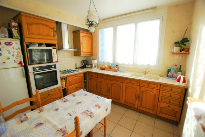 Sale house / villa Bezons 450000€ - Picture 5