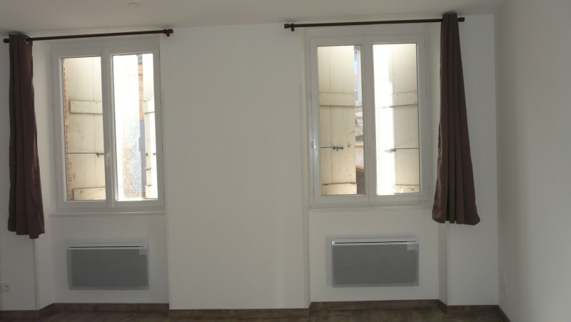 Location appartement Baziege 430€ CC - Photo 2