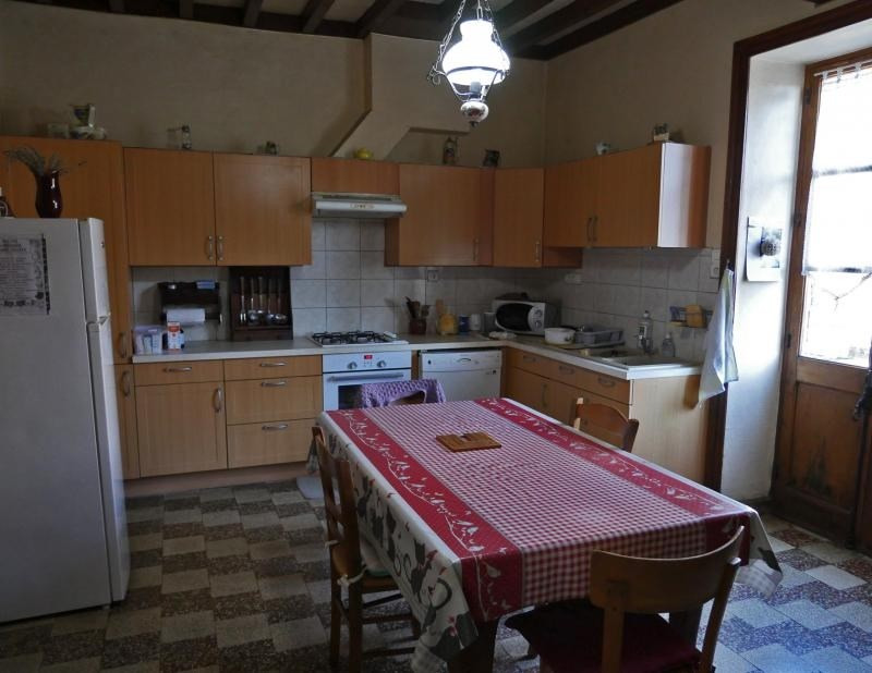 Sale house / villa Bully 420 000€ - Picture 4