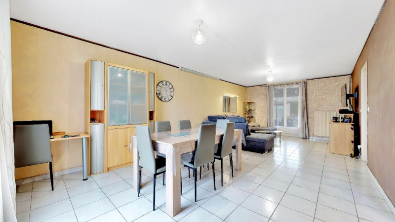 Vente maison / villa Jonage 330000€ - Photo 3