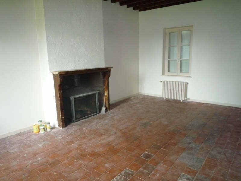 Rental house / villa Lusigny 600€ CC - Picture 4