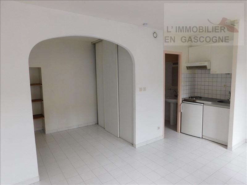 Location appartement Auch 310€ CC - Photo 1