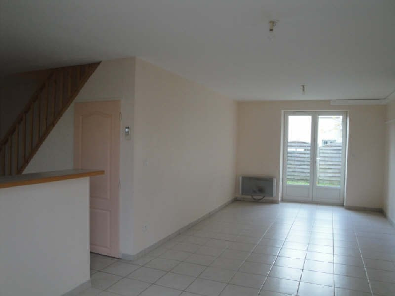 Location maison / villa La creche 560€ CC - Photo 2