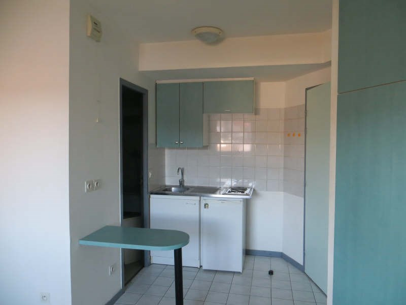 Rental apartment Clermont ferrand 360€ CC - Picture 3