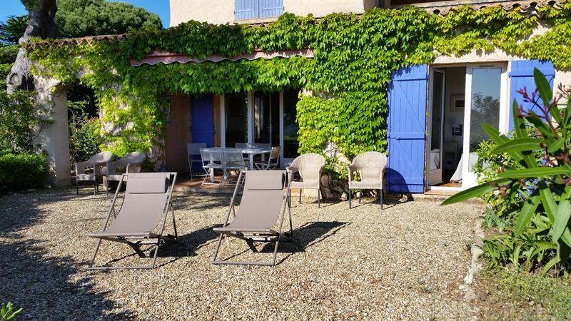 Location vacances maison / villa La croix valmer 770€ - Photo 4