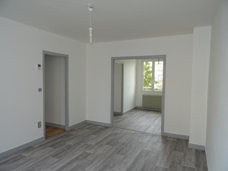 Location appartement Ste savine 590€ CC - Photo 2