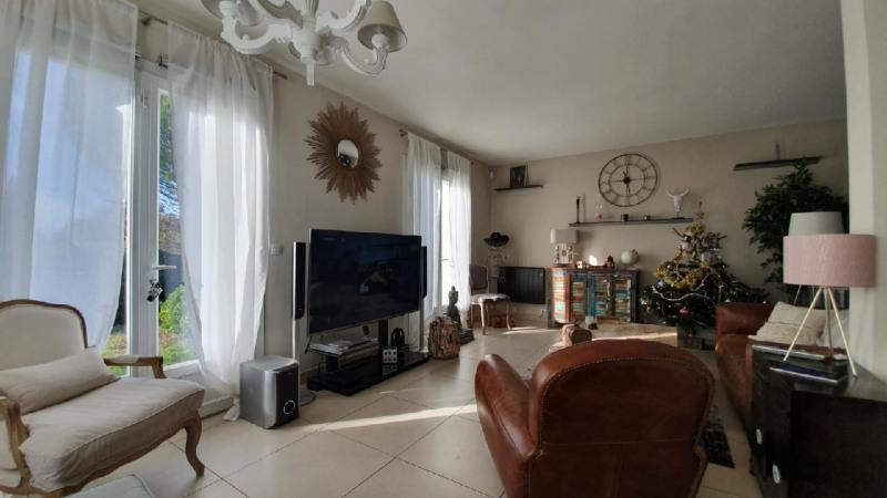 Sale house / villa Saint genies bellevue 374000€ - Picture 5
