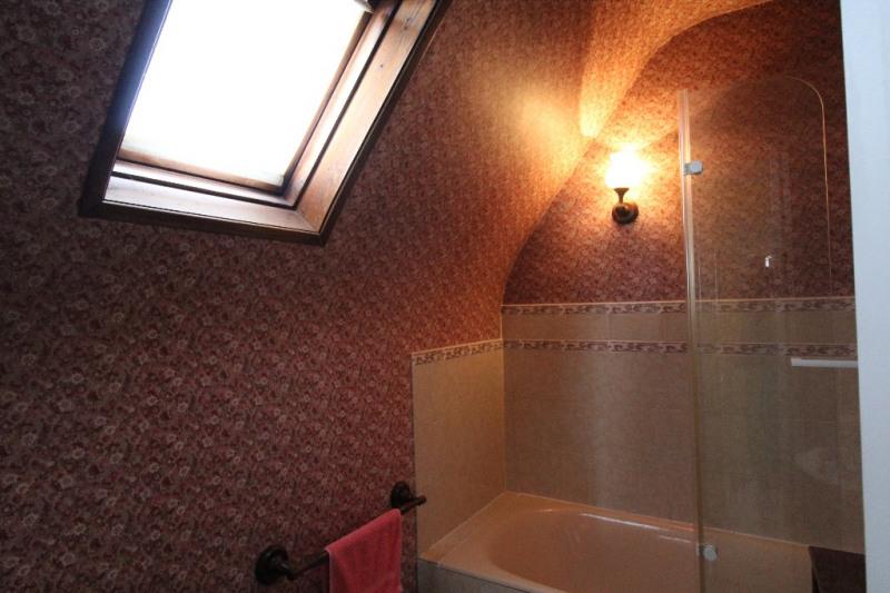 Sale house / villa Saint etienne du rouvray 169000€ - Picture 5