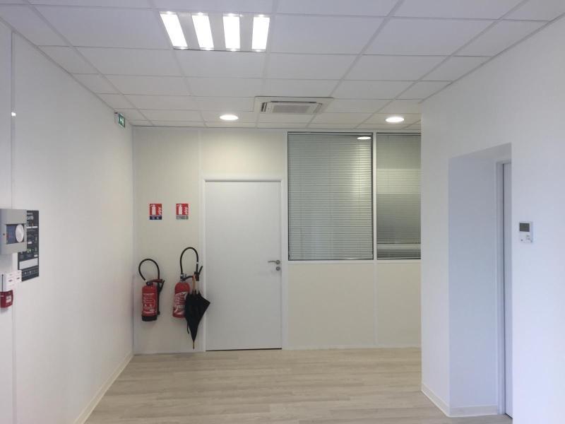 Verhuren  kantoren Fillinges 3051€ CC - Foto 8