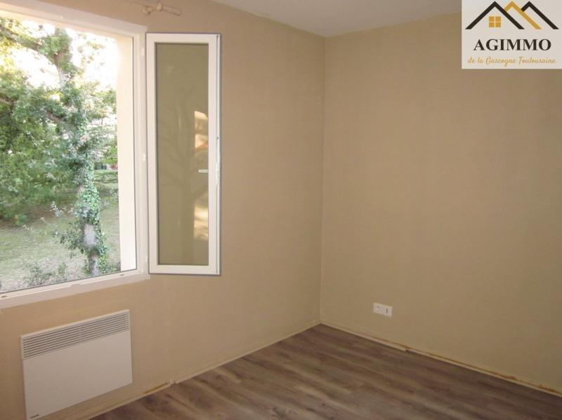 Sale house / villa L isle jourdain 175000€ - Picture 4