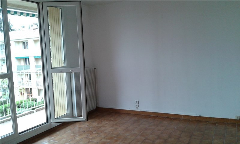 Location appartement Aix en provence 786€ CC - Photo 2