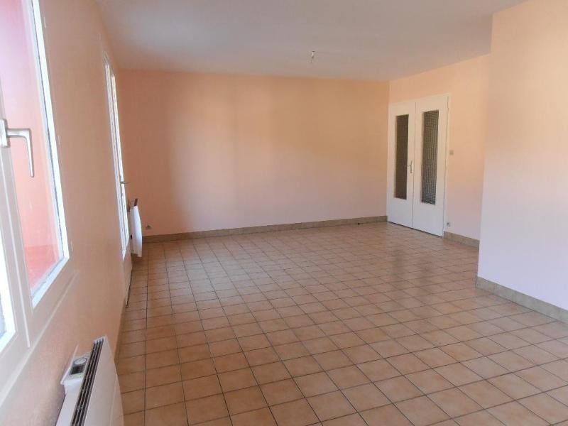 Rental apartment St martin du fresne 536€ CC - Picture 3