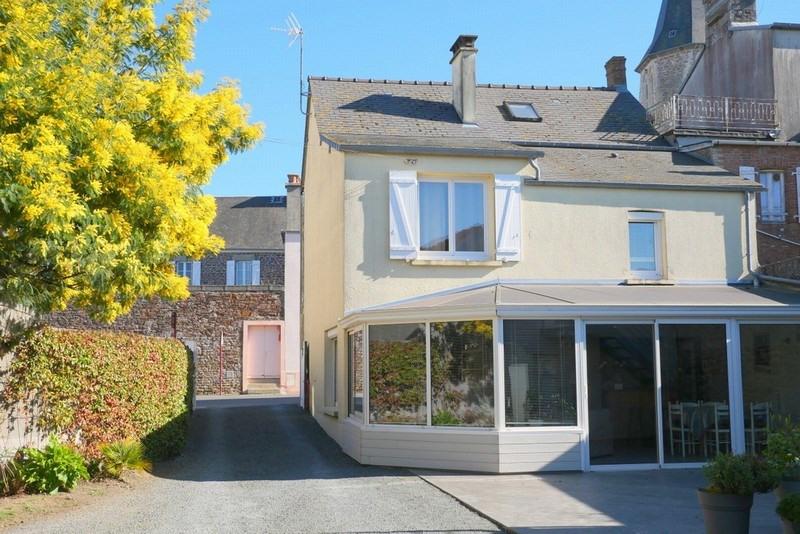 Revenda casa Cerences 228500€ - Fotografia 1