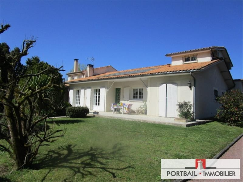 Sale house / villa St andre de cubzac 382000€ - Picture 1