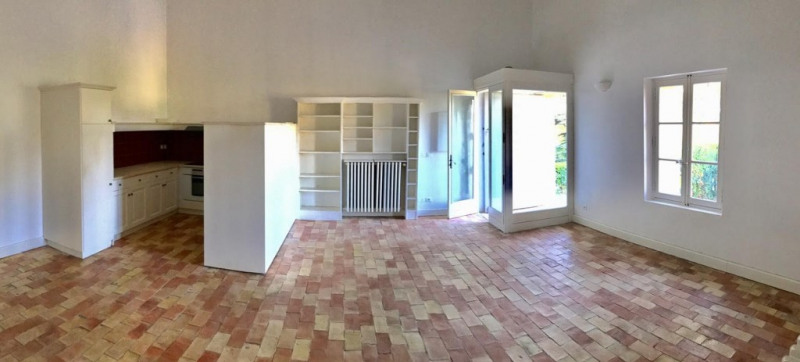 Rental apartment Pertuis 1 200€ CC - Picture 1