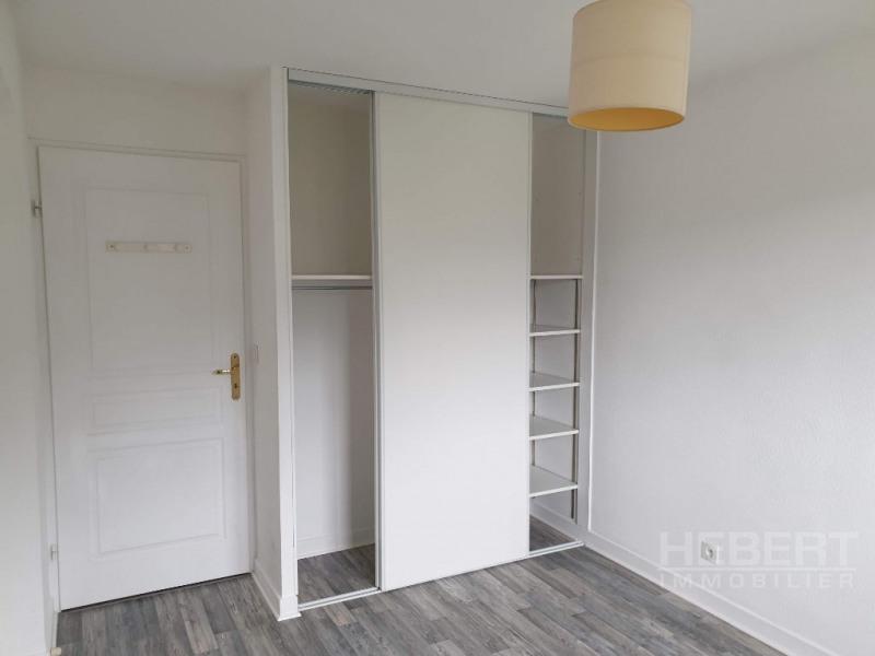 Rental apartment Sallanches 865€ CC - Picture 8