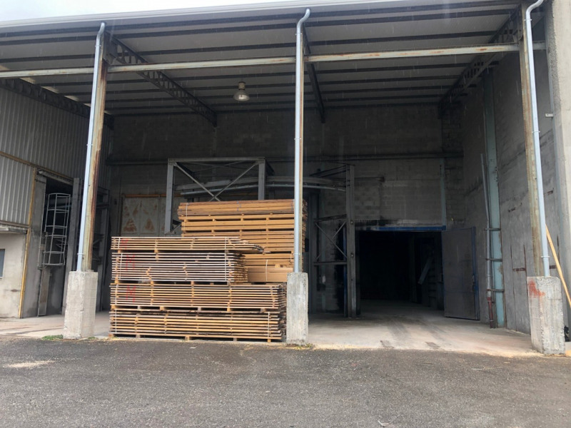 Location local commercial Contamine-sur-arve 950€ CC - Photo 1