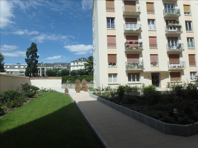 Rental apartment Versailles 1 819€ CC - Picture 6