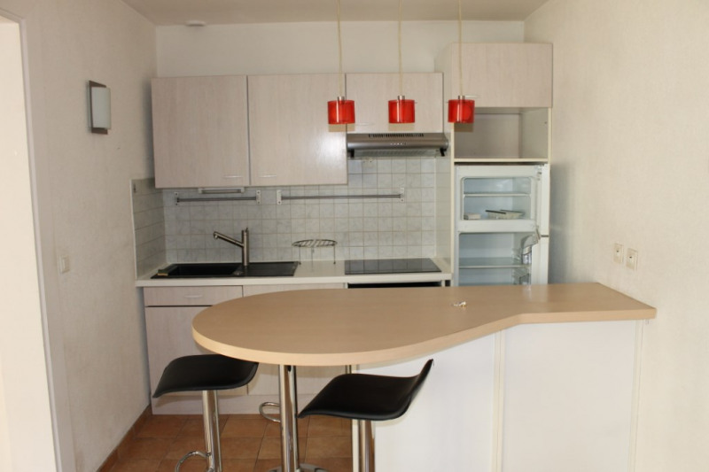 Rental apartment Pontoise 850€ CC - Picture 3