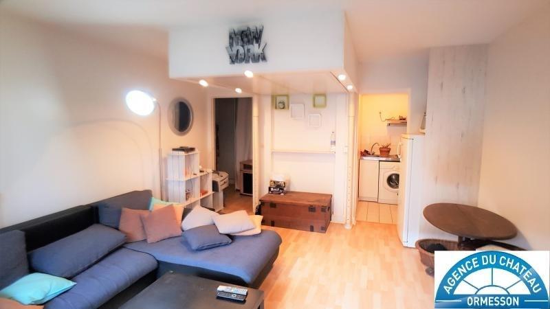 Sale apartment Boissy st leger 125000€ - Picture 1