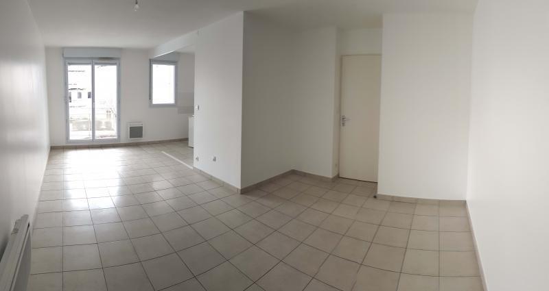 Location appartement Bellignat 395€ CC - Photo 2